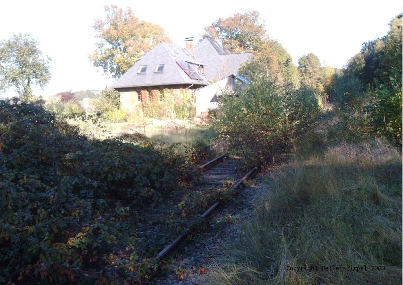 BHermesdorf Station - still in a sleeping beauty slumber in 2003 (Photo Detlef Zirpel)